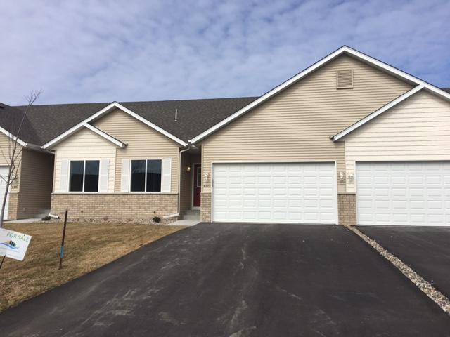 4217 Blakewood Drive, Shakopee, MN 55379 (#5016705) :: House Hunters Minnesota- Keller Williams Classic Realty NW