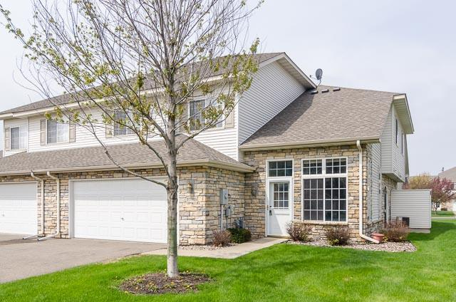 17049 Eagleview Lane #41, Lakeville, MN 55024 (#5023825) :: The MN Team