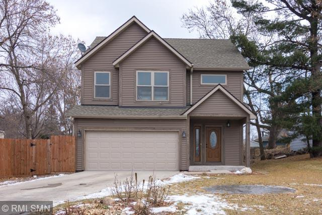 601 1st Street NE, Forest Lake, MN 55025 (#5136571) :: The Sarenpa Team