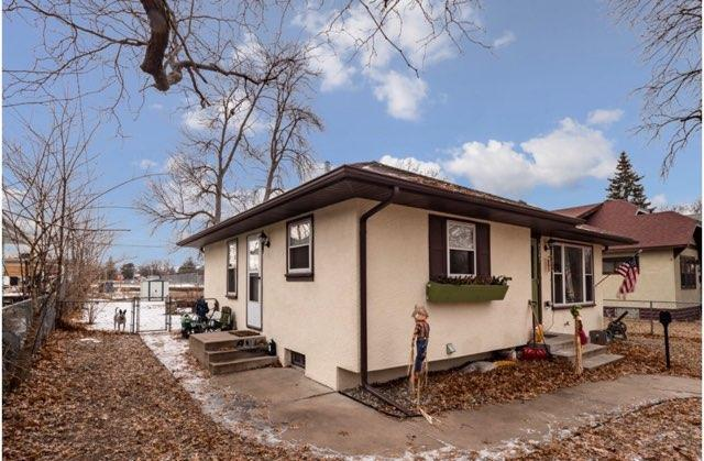 4247 James Avenue N, Minneapolis, MN 55412 (MLS #5139760) :: The Hergenrother Realty Group