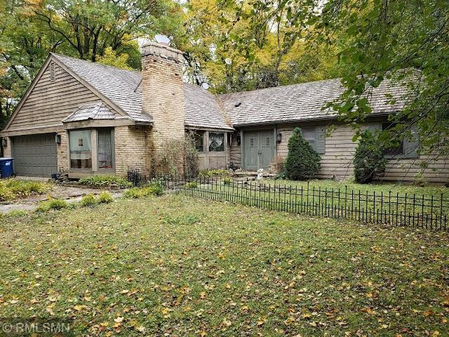 5455 Grant Lorenz Road, Shorewood, MN 55331 (#5148282) :: Hergenrother Group