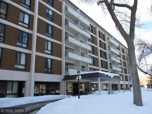6400 York Avenue S #207, Edina, MN 55435 (#5200645) :: The Janetkhan Group