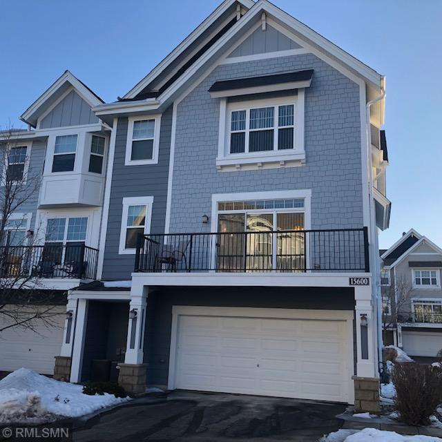 15600 Eagles Nest Way #1401, Apple Valley, MN 55124 (#5202566) :: MN Realty Services
