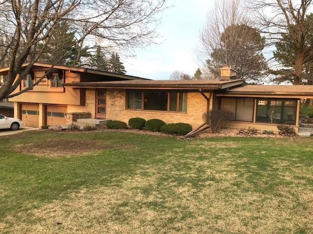 5421 Doncaster Way, Edina, MN 55436 (#5217909) :: Hergenrother Group