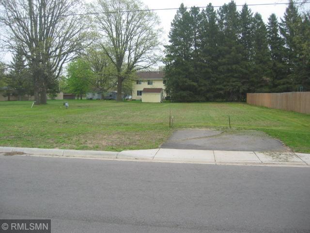 248 Pine Ave, Motley, MN 56466 (#5230338) :: The Michael Kaslow Team