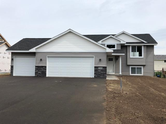 1048 Sharptail Run, New Richmond, WI 54017 (MLS #5252283) :: The Hergenrother Realty Group