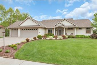 1647 Highland Trail, Saint Cloud, MN 56301 (#5262339) :: The Michael Kaslow Team