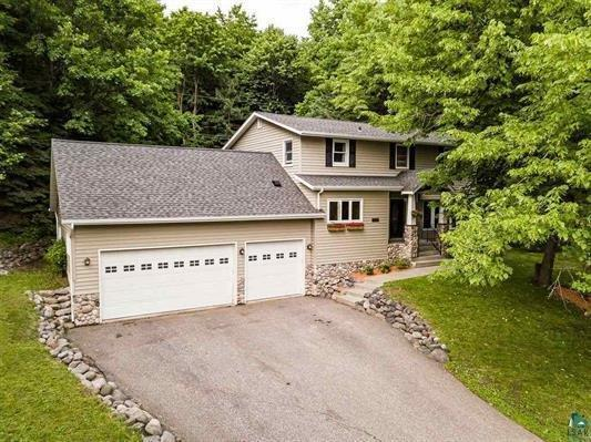 2135 Woodhaven Lane, Duluth, MN 55803 (#5262421) :: Hergenrother Group