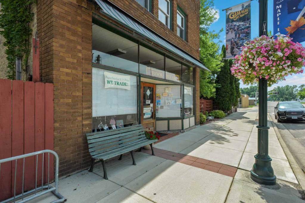 63 Birch Avenue - Photo 1