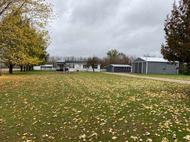 255 10th Avenue, Clear Lake Twp, WI 54005 (#5324690) :: The Michael Kaslow Team