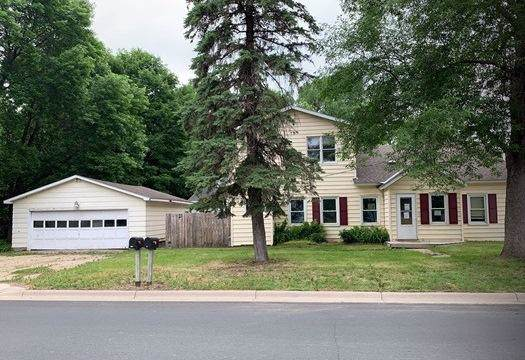 600 State Street W, Cannon Falls, MN 55009 (#5327210) :: Bre Berry & Company