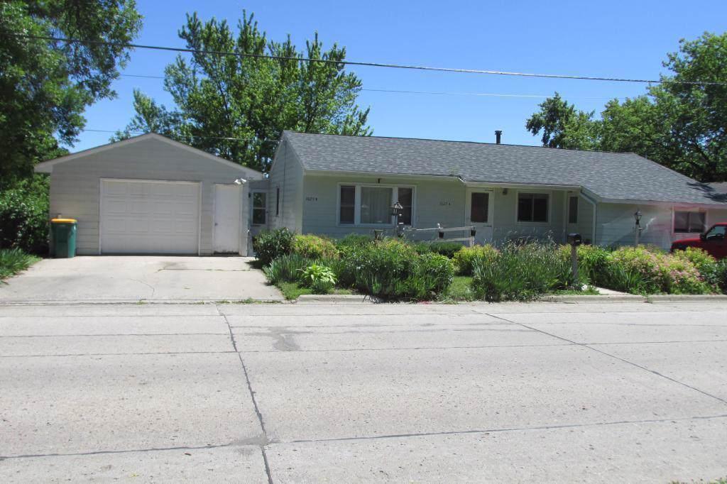 1025 Frank Hall Drive - Photo 1