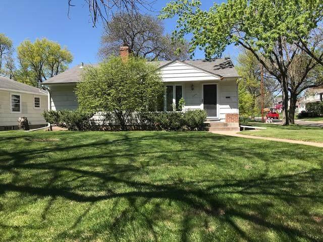 3300 W 60th Street, Edina, MN 55410 (#5571534) :: The Preferred Home Team