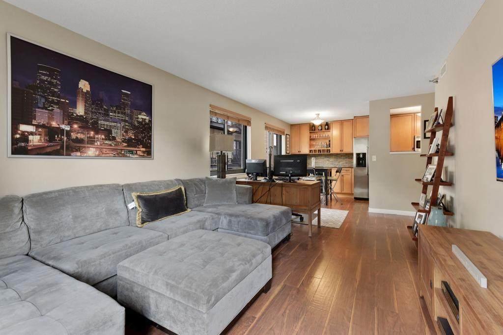 48 Groveland Terrace - Photo 1