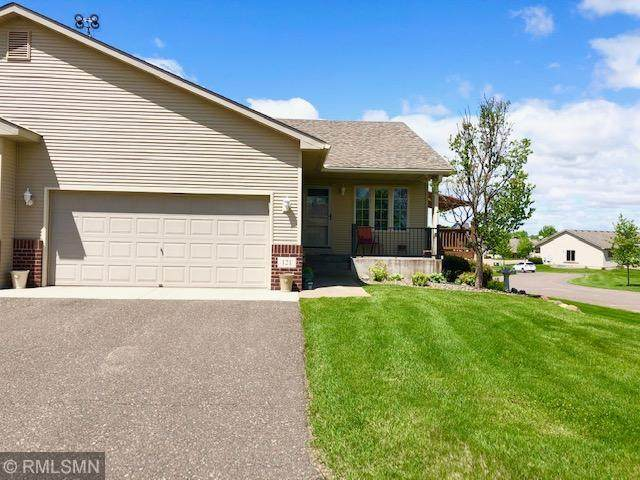 121 Cottage Drive, Osceola, WI 54020 (#5574264) :: The Odd Couple Team