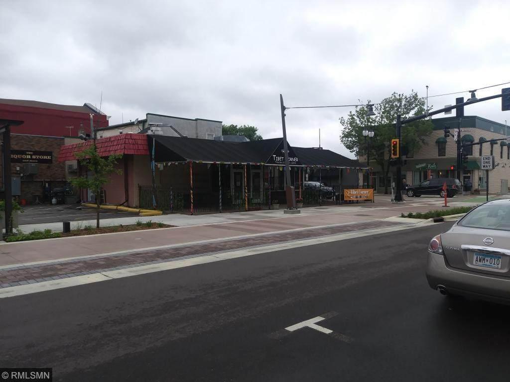 802 Mainstreet - Photo 1