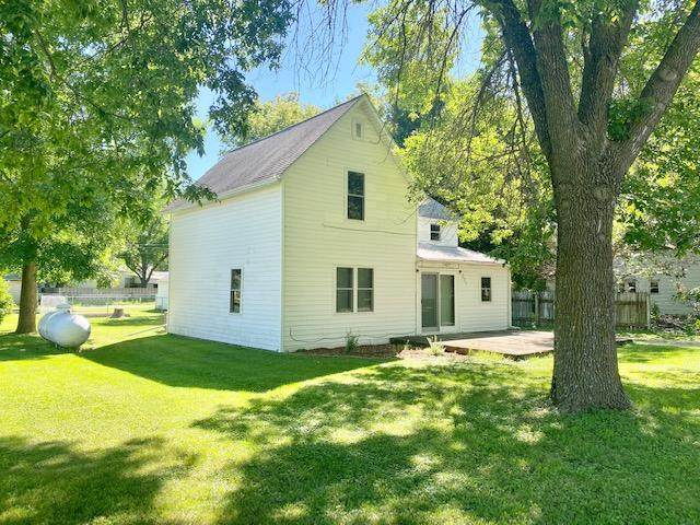 371 N Quarry Drive, Morton, MN 56270 (#5631256) :: The Pietig Properties Group