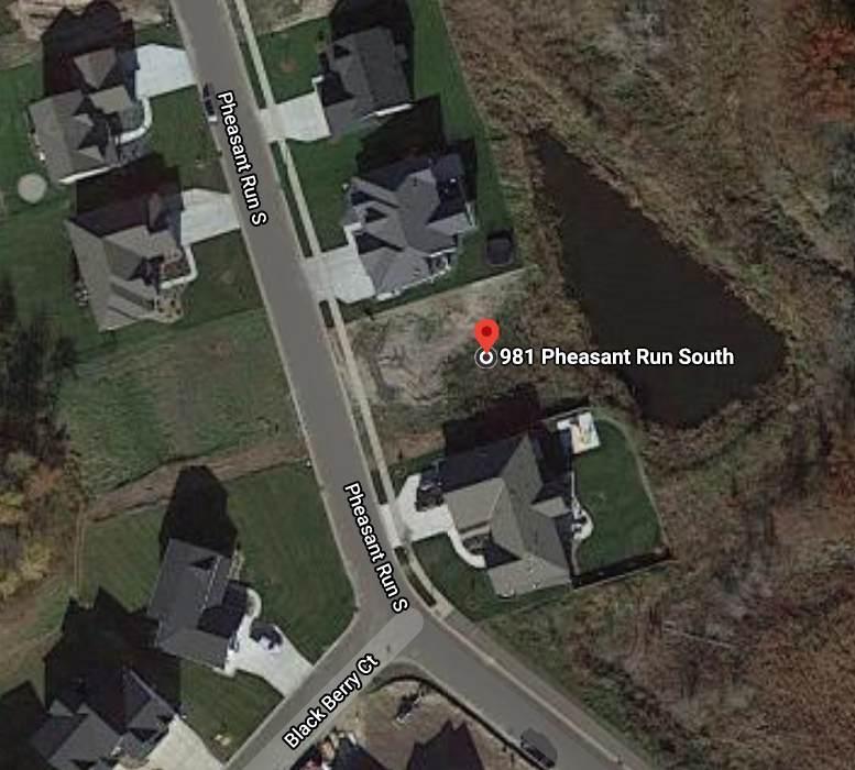 981 Pheasant Run - Photo 1