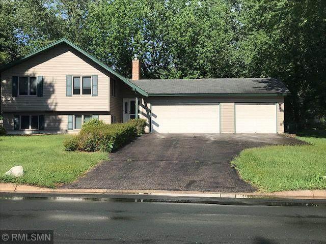 6610 E Fish Lake Road, Maple Grove, MN 55369 (#5661976) :: Tony Farah | Coldwell Banker Realty