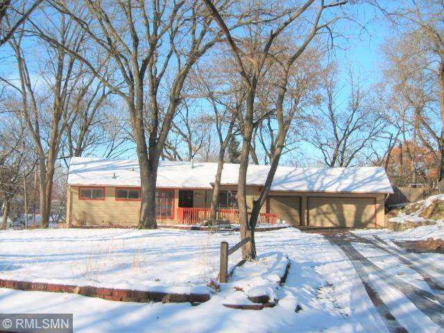 200 Valley High Road, Burnsville, MN 55337 (#5669295) :: Tony Farah | Coldwell Banker Realty