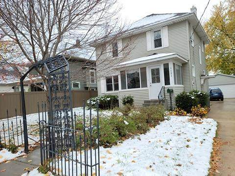 1121 E Center Street, Rochester, MN 55904 (#5677840) :: Holz Group