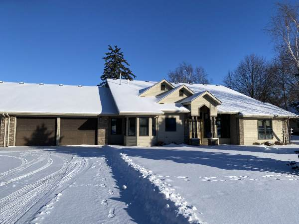 703 Park Drive SW, Pipestone, MN 56164 (#5711514) :: Holz Group