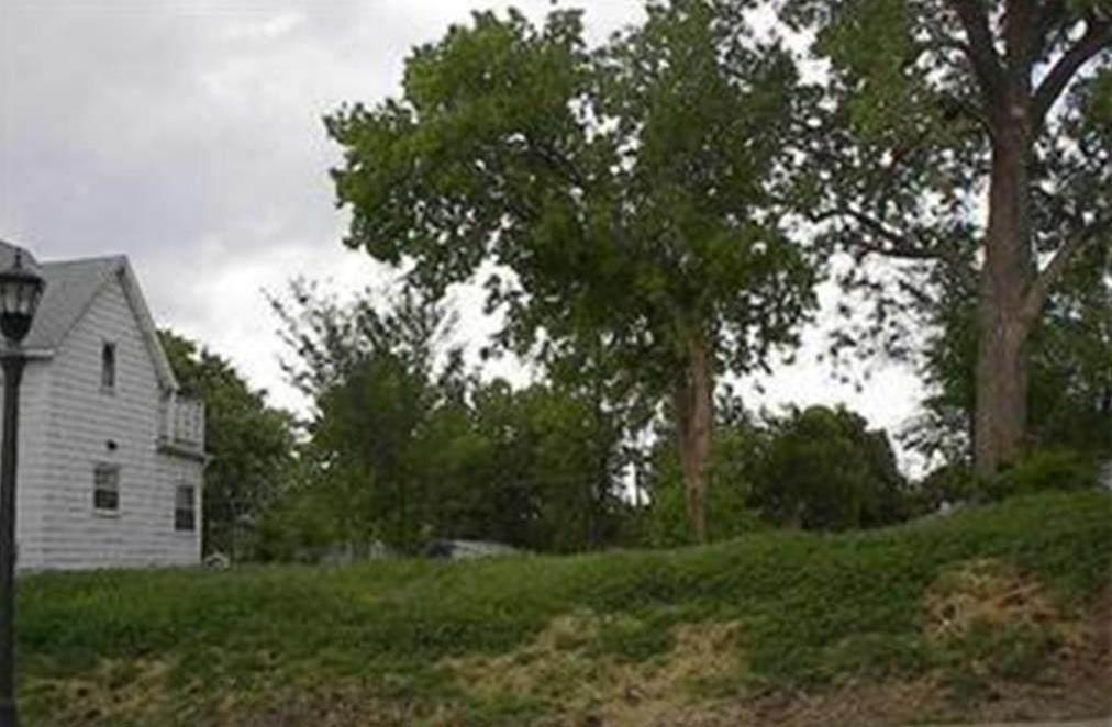 63 Jessamine Avenue - Photo 1