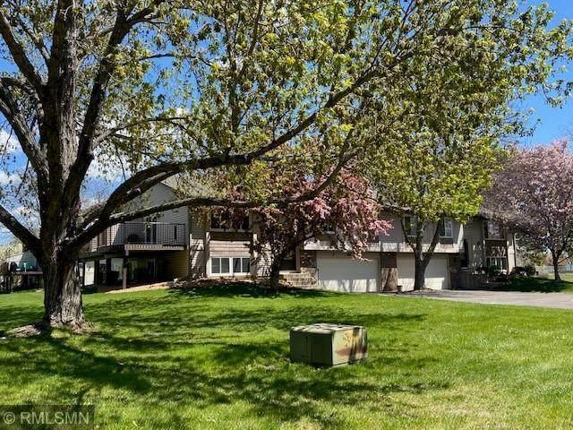 9342 Kingsview Lane N, Maple Grove, MN 55369 (#5743189) :: The Pomerleau Team