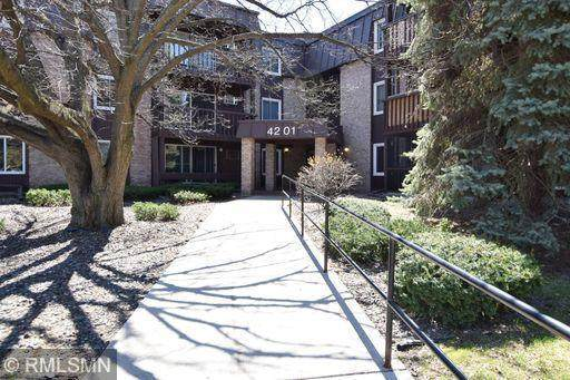 4201 Lakeside Avenue N #103, Brooklyn Center, MN 55429 (#5752445) :: The Janetkhan Group