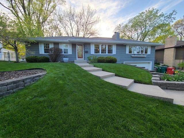 8616 Kell Avenue S, Bloomington, MN 55437 (#5754433) :: The Janetkhan Group