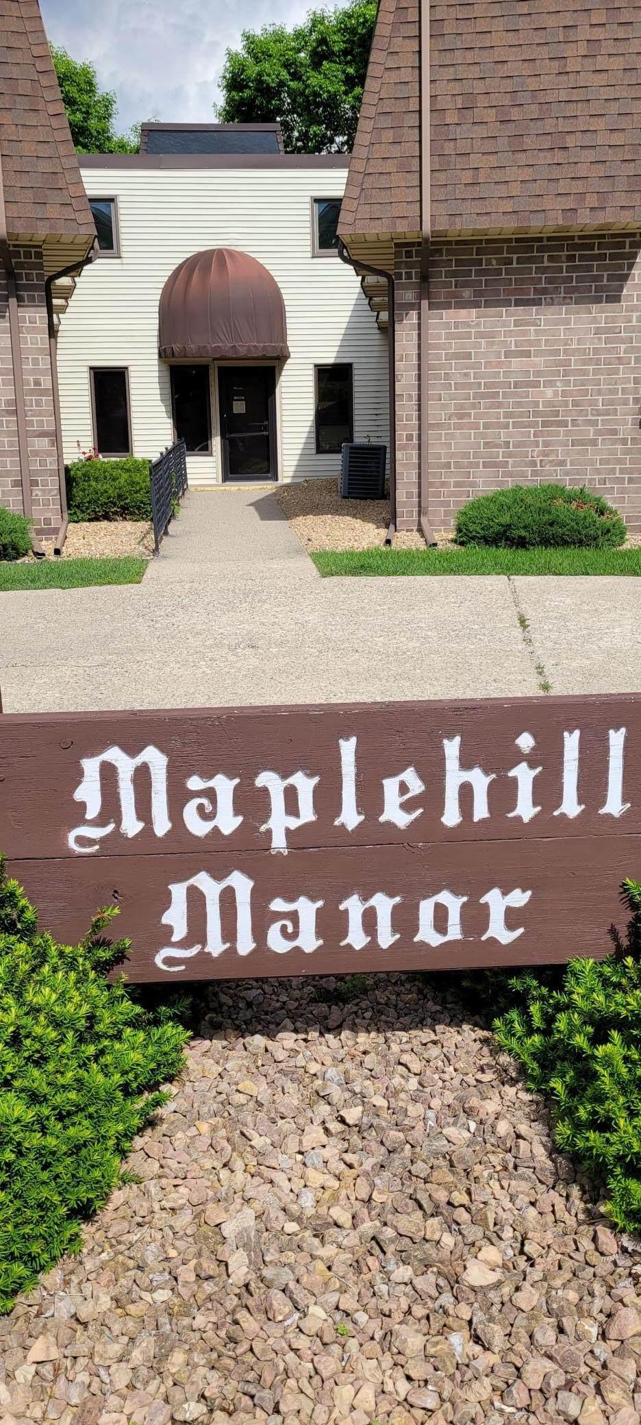 813 Maplehill Drive - Photo 1