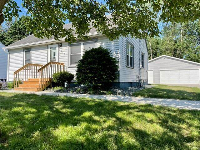 124 Charles Avenue, Red Wing, MN 55066 (#6004370) :: Straka Real Estate