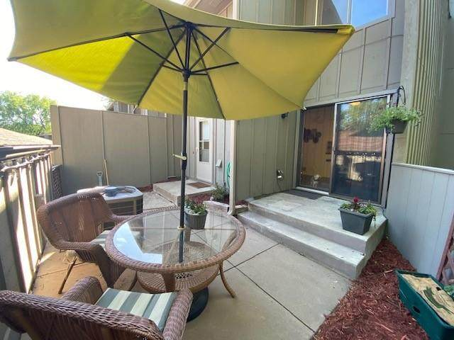 16032 18th Place N, Plymouth, MN 55447 (#6009925) :: Bos Realty Group