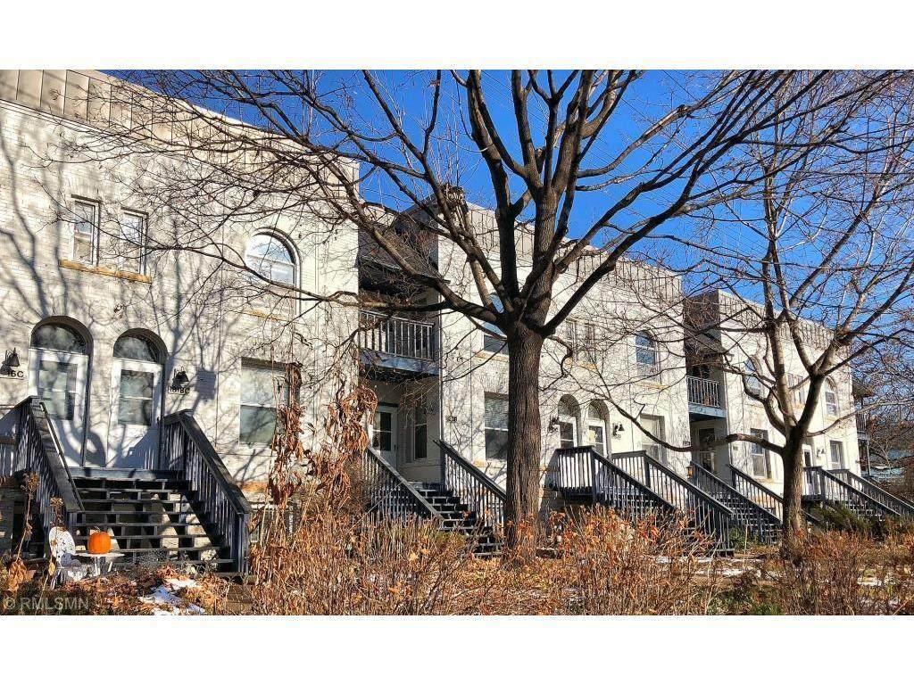 1826 5th Street - Photo 1