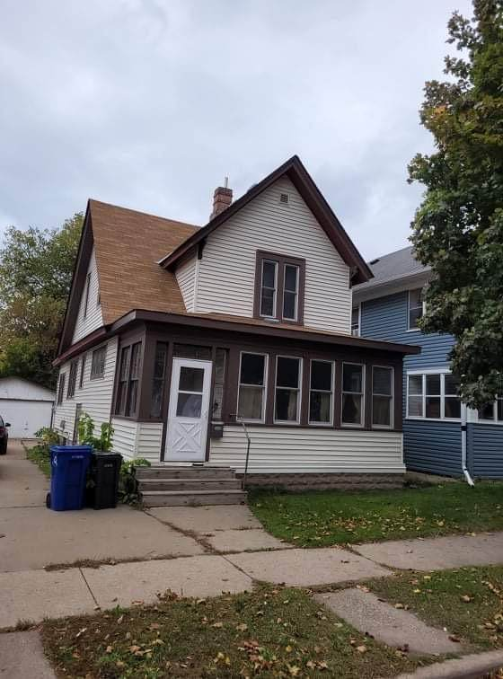 956 Burr Street, Saint Paul, MN 55130 (#6116954) :: The Twin Cities Team