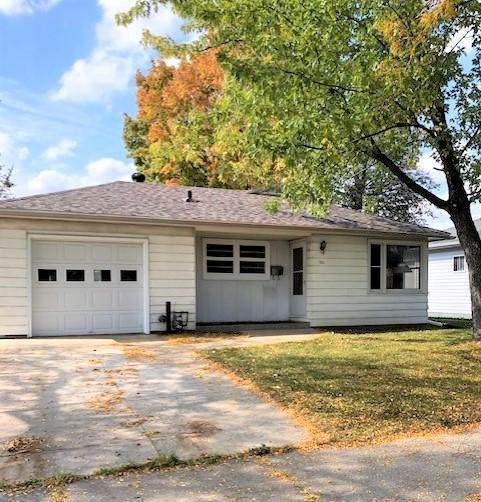 901 13th Avenue NW, Rochester, MN 55901 (#6117598) :: The Michael Kaslow Team