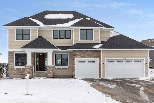 4910 Sunflower Drive, Woodbury, MN 55129 (#5349179) :: The Michael Kaslow Team