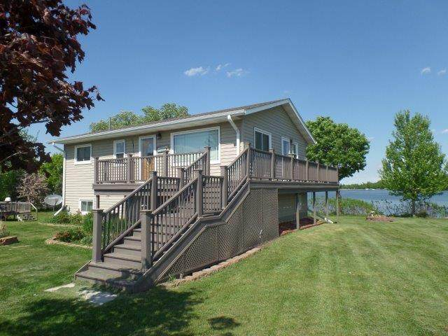 32403 Starland Shore Drive, Dent, MN 56528 (MLS #5541171) :: The Hergenrother Realty Group
