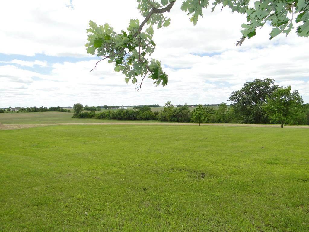 17455 Oak Hills Lane - Photo 1