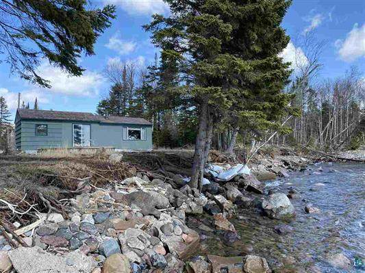 5694 E Highway 61, Hovland, MN 55606 (#5633138) :: Bos Realty Group