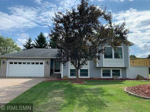 102 Ivy Drive, Woodville, WI 54028 (#5637149) :: Tony Farah | Coldwell Banker Realty