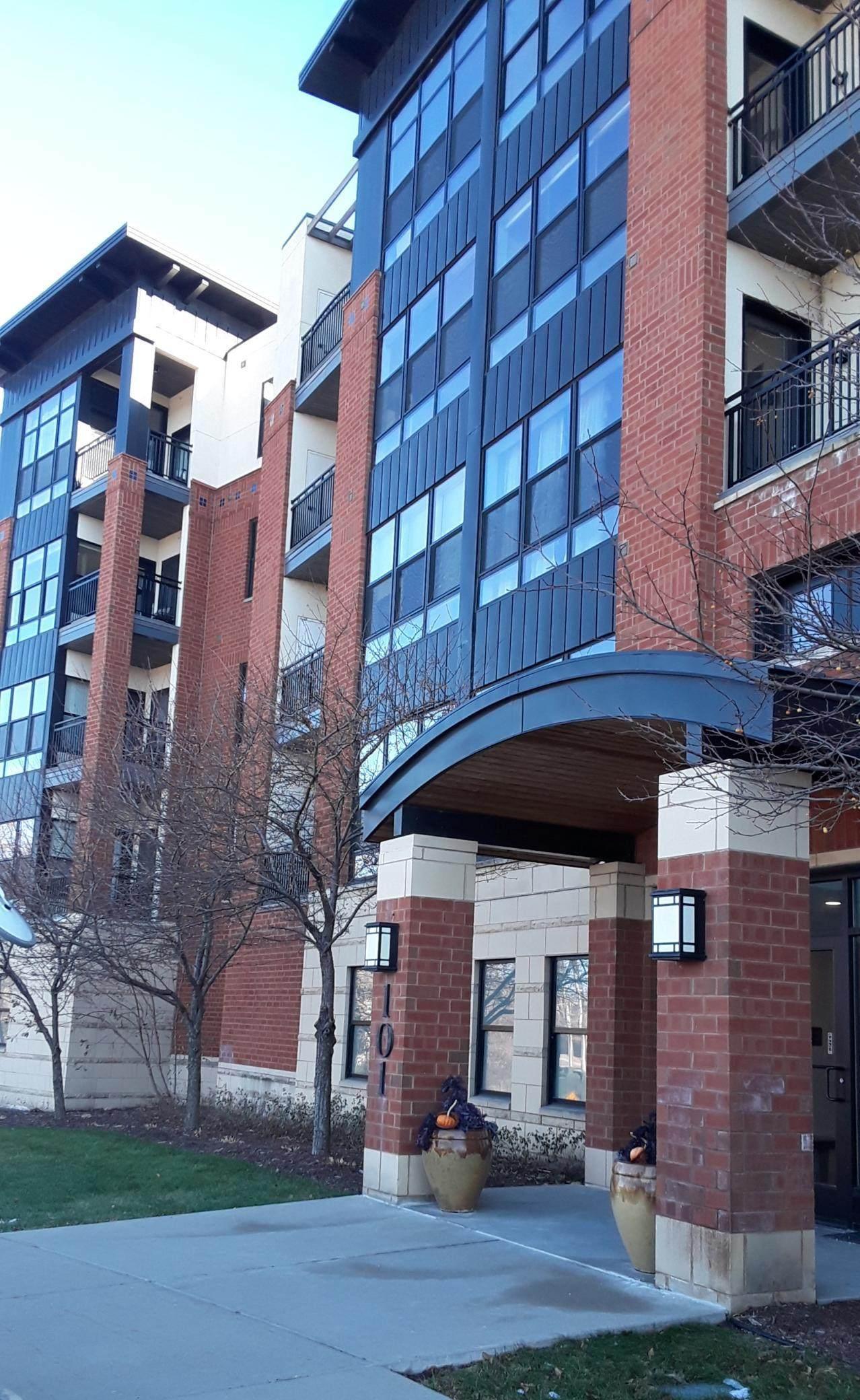 101 Saint Olaf Avenue - Photo 1