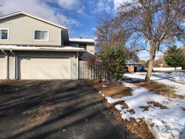 7658 Dunmore Road #7658, Woodbury, MN 55125 (#5684629) :: Holz Group