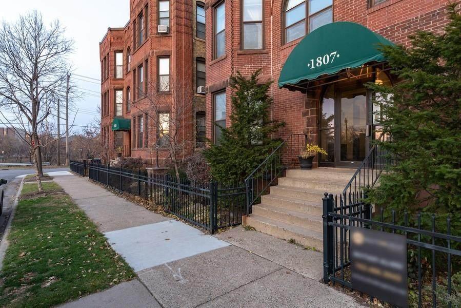 1807 Elliot Avenue - Photo 1