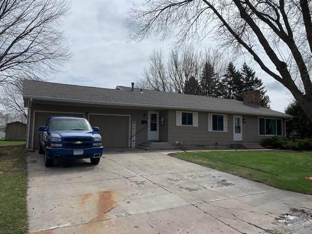 409 S 2nd Street, Olivia, MN 56277 (#5697958) :: Tony Farah   Coldwell Banker Realty
