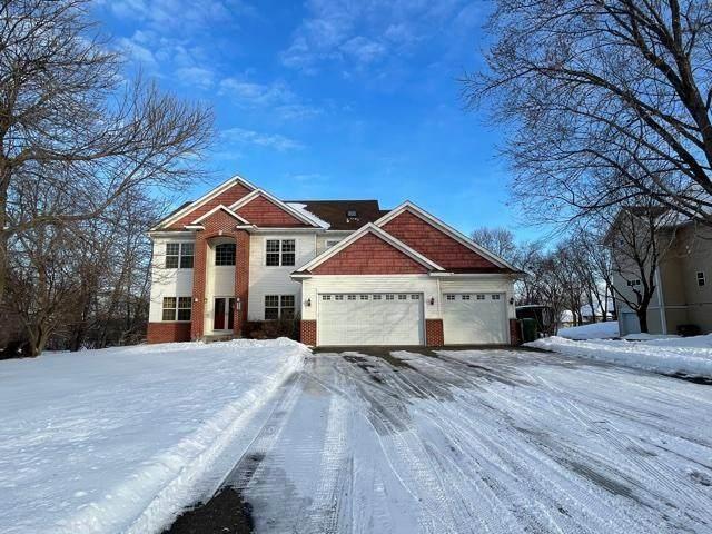 545 Iona Lane, Roseville, MN 55113 (#5704520) :: Happy Clients Realty Advisors