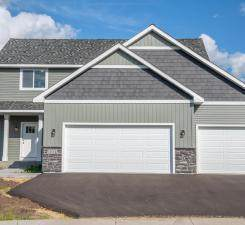 1104 Susan Lane, Roberts, WI 54023 (#5732063) :: Straka Real Estate