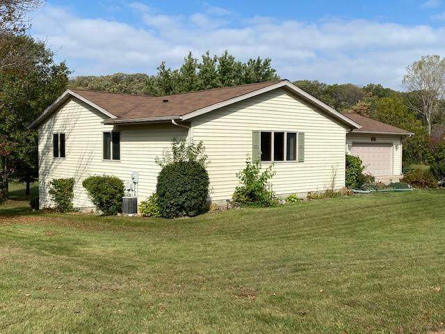 1111 Idso Court - Photo 1