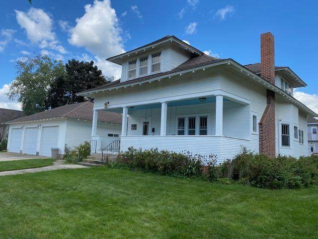 725 S Marshall Street, Caledonia, MN 55921 (#6104351) :: The Janetkhan Group