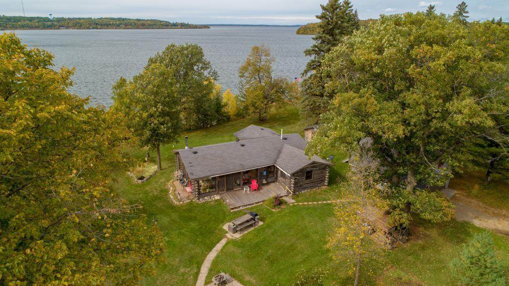 7595 Breezy Point Road - Photo 1